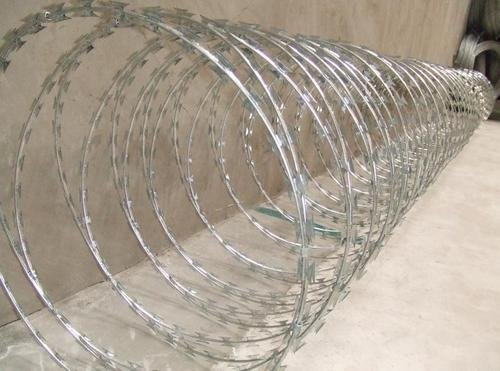 Razor Barbed Iron Wire BD-04